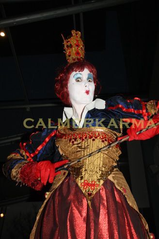 QUEEN OF HEARTS STILT WALKER - ALICE IN WONDERLAND THEMED ENTERTAINMENT TO HIRE UK