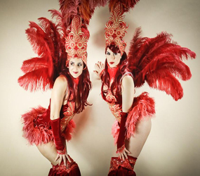 GREATEST SHOWMAN THEMED ENTERTAINMENT - SHOWGIRL STILTS FOR VEGAS, HOLLYWOOD, MOULIN AND GLAMOROUS PARTIES