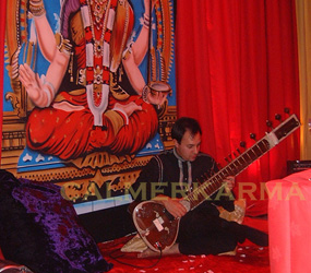 BOLLYWOOD & INDIAN CLASSICAL MUSICIANS - SITAR PLAYER LONDON & MANCHESTER