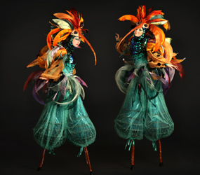 TROPICAL AND JUNGLE THEMED ENTERTAINMENT HUMMINGBIRD STILTS