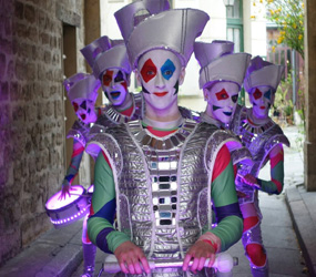 VENETIAN CARNIVAL  ENTERTAINMENT - HARLEQUIN LED DRUMMING TROUPE