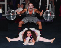 VICTORIAN THEMED ENTERTAINMENT - COMICAL STRONGMAN