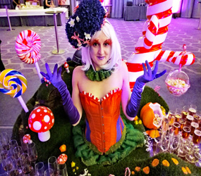 WILLY WONKA THEMED ENTERTAINMENT - LIVING CANDY DRINKS TABLE ACT TO HIRE MANCHESTER + uk