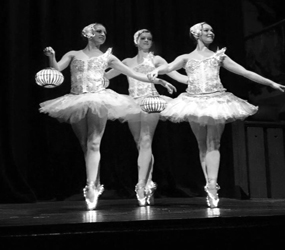 WINTER WONDERLAND LED BALLERINAS TO HIRE